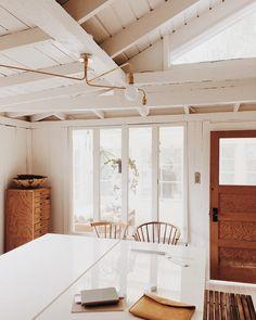 34 Simple Studio Home Design Küchen Design, House Design, Casa Hotel, White Beams, White Wood, Boho Home, Up House, Home Studio, Humble Abode