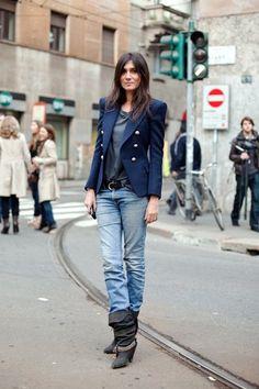 Jeans + Blue Blazer #StreetStyle