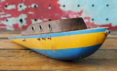 Vintage Wood Toy Pond Boat.
