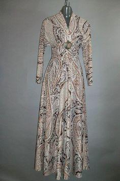 1970s Maxi Dress // Long Sleeved // Acrylic Metalic by lindaowen, $32.00