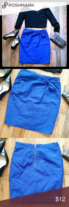 H&M Royal Blue Skirt Super cute, Just sits in Closet, too small for me! Great for work, Happy hour, or just Girls Night Out. H&M Skirts Mini
