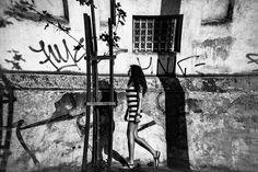 Distorted de Lucian Olteanu sur Art Limited