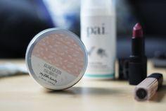 Mes 7 produits de beauté indispensables de l'automne : du maquillage Nars, un nettoyant pour peau sensible, un shampooing phyto...