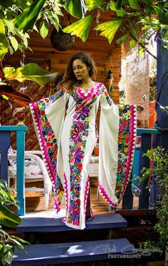 Mexican Outfit Discover The Most Astonishingly Beautiful Hand Embroidered Kimono/Tunic Style Mexican Dress The Most Astonishingly Beautiful Hand Embroidered by ByCachitoMio Mexican Fashion, Mexican Outfit, Mexican Dresses, Mexican Clothing, Mexican Embroidery, Embroidery Art, Mexican Embroidered Dress, Embroidered Shirts, Embroidery Patterns