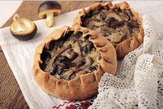 Coșulețe cu ciuperci (rețetă de post) Pie, Desserts, Food, Fine Dining, Torte, Tailgate Desserts, Cake, Deserts, Fruit Cakes