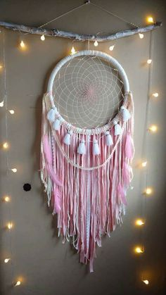 Dream Catcher Craft, Dream Catcher Mobile, Dream Catchers, Bohemian Crafts, Boho Diy, Diy And Crafts, Arts And Crafts, Rosalie, Wild One Birthday Party