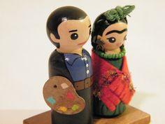 Frida and Diego peg dolls