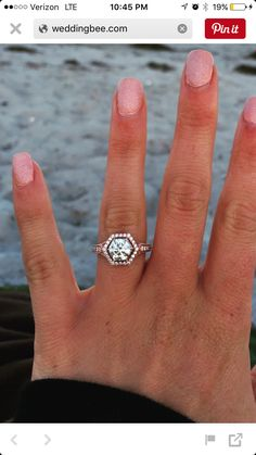 Oh my gorgeous Love this just with a silver band instead