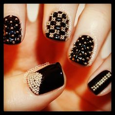 Black nails with gold microbeads