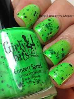 Girly Bits Concert Series-Face the Music...Love the green and the black stars in it.