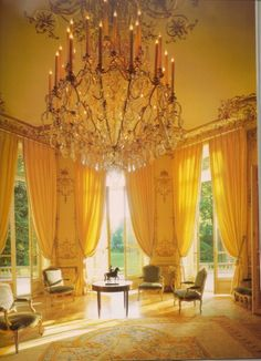 The yellow salon at the Hôtel de Goyon-Matignon at 57 Rue de Varenne. This exquisite Hôtel is now the official residence of the Prime Minister of France but in the late eighteenth century it was the Paris home of Honoré III de Matignon, Prince de Monaco. #MyMaille