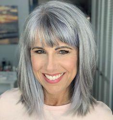 Grey Hair Over 50, Hair Cuts For Over 50, Hair Styles For Women Over 50, Shoulder Length Hair Styles For Women, Long Gray Hair, Black Hair, Medium Hair Cuts, Medium Hair Styles, Short Hair Styles