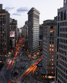 The Flatiron Building by urban.aisle #newyorkcityfeelings #nyc #newyork