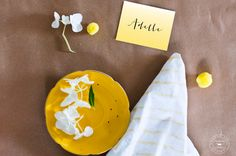 Free Printable place cards for Easter Brunch