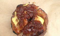 Steak & stout pie Steak And Stout Pie, Baked Potato, Beef, Baking, Ethnic Recipes, Tips, Food, Meat, Bakken