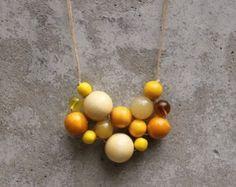 Colores retros collar de madera del grano collar por LeafFeather