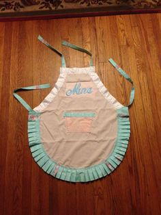 Adult apron for Nana high tea