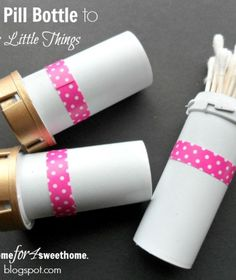 Don't throw away those pill bottles! You can use them for this AMAZING repurpose! bottle crafts diy 30 Useful Ways To Reuse Your Plastic Bottles Medicine Bottle Crafts, Pill Bottle Crafts, Medicine Bottles, Reuse Pill Bottles, Empty Bottles, Glass Bottles, Reuse Plastic Containers, Starbucks Bottles, Prescription Bottles