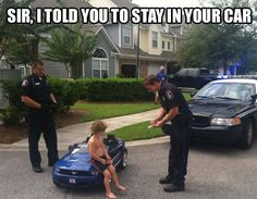 When Justin Bieber got arrested the internet went crazy with hilarious Bieber DUI Memes, jokes and Photoshop's. We look at the best internet reactions. Cops Humor, Police Humor, Funny Cops, Police Officer, Funny Humor, Police Quotes, Car Quotes, Hilarious Jokes, It's Funny