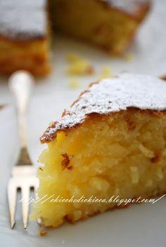Adoro le torte con il riso, mi piacciono proprio tanto; adoro le torte che rimangono umide all'interno. Questa è una di quelle, semplice, ...