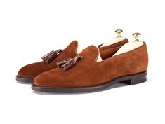 Ravenna – J.FitzPatrick Footwear  Great shoes, on sale npw even :) http://www.jfitzpatrickfootwear.com/products/ravenna-snuff-suede-chocolate-calf-tassel#.VL9__kfF98F