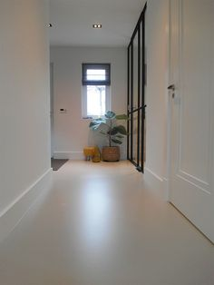 Portfolio - From Dutch Soil - nieuw huis - Portfolio – From Dutch Soil - Painting Basement Floors, Basement Flooring, Halle, White Painted Floors, Dream Home Gym, Doors And Floors, Concrete Floors, Home Remodeling, New Homes
