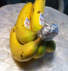 keep bananas fresh longer. put plasic wrap on top of bananas