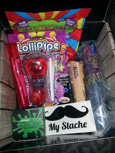 """Got my circus @cannabox I can't wait to use the lollipipe #cannabox #bestsubscriptionboxever"""