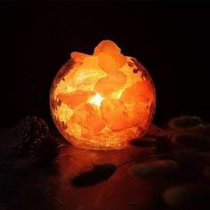 This beautiful glass bowl salt lamp is filled with chunks of Himalayan salt rocks, and the result is amazing. Pink Salt Lamp, Salt Rock Lamp, White Himalayan Salt Lamp, Himalayan Salt Benefits, Natural Salt, Table Lamps For Bedroom, Crystal Shapes, Bedside Lamp, Creative Decor