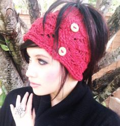 Love this knitted ponytail hat! So stylish and warm. Includes link to the knit hat with ponytail hole pattern.