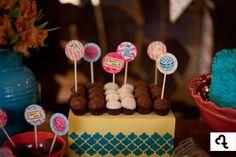 papelaria personalizada, identidade visual, festa, infantil, party, ninguém mais tem, tags no palito, cake topper, circo, vintage, canecas personalizadas, decor, produtos diferenciados