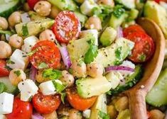 Chickpea Salad Recipe recipe: Chickpea Salad loaded with crisp cucumbers, juicy tomatoes, creamy avocado, feta cheese and chickpeas or garbanzo beans. Fresh, healthy and protein packed! Chickpea Salad Recipes, Avocado Recipes, Healthy Recipes, Healthy Foods, High Protein Salads, Avocado Tuna Salad, Salad Recipes Video, Bean Salad, Salad Ingredients
