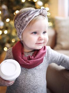 How to dress your toddler baby girl for winter? We love layers and accessories