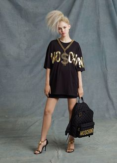 Moschino Resort 2015 - Review - Fashion Week - Runway, Fashion Shows and Collections - Vogue