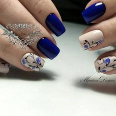 New nail art trends bring you unlimited nail design inspiration - Page 38 of 117 - Inspiration Diary Modern Nails, Chrome Nails, Beautiful Nail Designs, Flower Nails, Stylish Nails, Creative Nails, Blue Nails, Manicure And Pedicure, Spring Nails