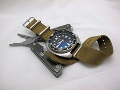 Smiths Diver PRS-68 Review – The New Seiko 6105? - Watch Reviews, Info and Musings