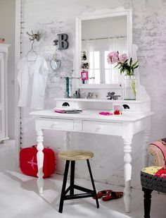 Dressing Table Inspiration on bedroom decorating ideas