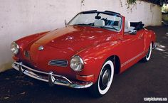 1970 Volkswagen Karmann-Ghia Convertible Coupe. Does this come in plum, please?!