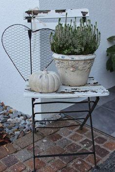 garten vintage Autumn Herbst Autumn More - Garden Art, Garden Design, Home And Garden, Garden Cottage, Deco Floral, Autumn Garden, French Decor, Outdoor Gardens, Fall Decor