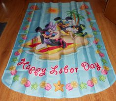 Disney Mickey Mouse Minnie Mouse Yard Flag Happy Labor Day Beach Shells  #Disney
