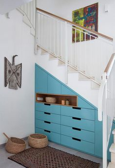 Interior Stair Railing, Staircase Storage, Stair Decor, Stair Storage, Living Room Colors, Home Living Room, Closet Under Stairs, Earthship Home, House Entrance
