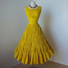 This might be my very favorite! 1940s cotton dress