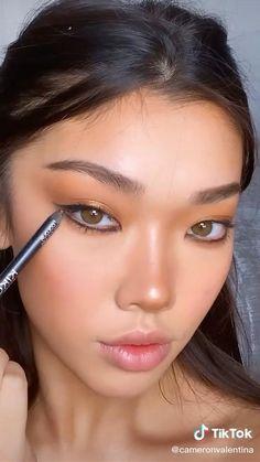 Edgy Makeup, Makeup Eye Looks, Makeup Art, Beauty Makeup, Natural Makeup Looks, Brown Makeup Looks, Different Makeup Looks, Pretty Makeup Looks, Simple Makeup Looks