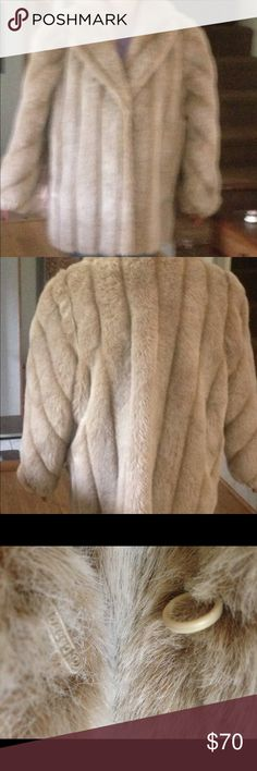 Mark Reed stunning vintage faux fur coat 3/4 length in very good condition. Has spot on lining which is not noticeable. Will keep you warm! Perfect addition to your winter wardrobe! Mark Reed Jackets & Coats
