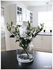 Fénykép Glass Vase, December, Home Decor, Picasa, Mesas, Interior Design, Home Interiors, December Daily, Decoration Home