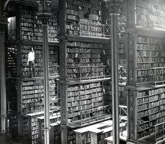 5 prachtige historische foto's van mensen en boeken -- Tekstbureau Van Ginneken