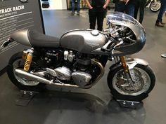 Triumph Bonneville 2016 #motorcycles #caferacer #motos   caferacerpasion.com
