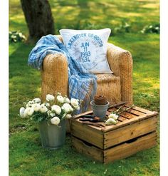 Tea For Joy: Apple crates Outdoor Spaces, Outdoor Living, Outdoor Decor, Outdoor Life, Fresco, Apple Crates, Country Style Homes, Country Charm, Rustic Charm