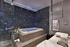 Torneira de teto – veja banheiros/lavabos lindos com essa tendência   dicas!