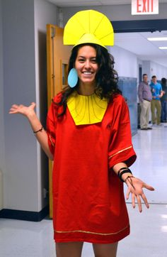 Emperor Kuzco | 33 Magical Disney Costumes Guaranteed To Win Halloween Best Halloween Costumes, Disney Costumes For Men, Easy Diy Costumes, Halloween Costumes College Sorority, Diy Lilo Costume, Cheap Costume Ideas, Halloween Costume Ideas For Couples, Sorority Costumes, Stitch Halloween Costume